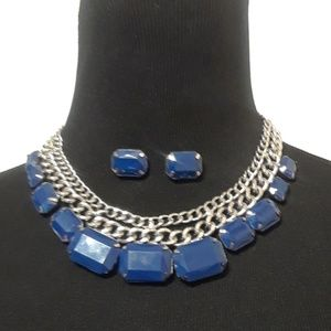 Jewelry - 50% OFF CUTE Blue Necklace and Earring set 💙
